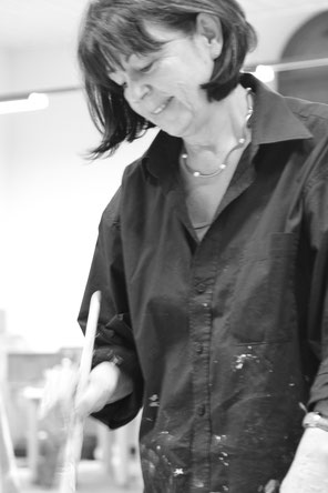 Portrait der Künstlerin Zahra Hassanabadi