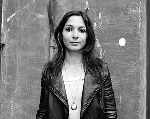 Portrait der Künstlerin Lydia Daher