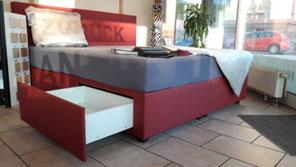 Wasserbett Boxspring Lörrach mit Schubladen Polster rot