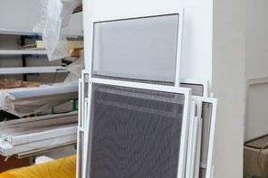 glasbruch katzent re witterungsschutz fenster im schweiz fenster service z richsee. Black Bedroom Furniture Sets. Home Design Ideas