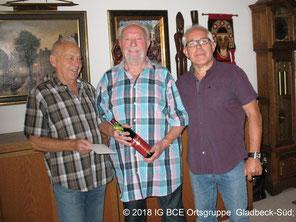 Foto: IG BCE OG Gladbeck-Süd; Glückwünsche zum 85 Geburtstag,Karl-Heinz, Werner,Wolfgang,