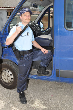 Gendarme ( depuis 2000 )