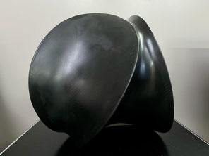 AXEL ANKLAM, Line 2019 Carbonfaser, Edelstahl, Epoxid 32 x 41 x 27 cm Unikat