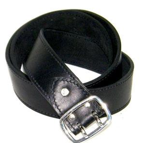 ceinture fabrication artisanale en cuir noir à boucle double ardillon made in France