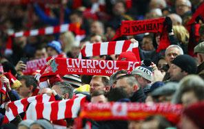 サッカー 観客の写真