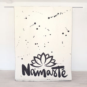 Namaste Decke