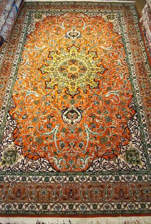 MARAND産 wool  6㎡ GHANDOMI工房 珍しい産地・工房 草木染風合いの良い絨毯です。