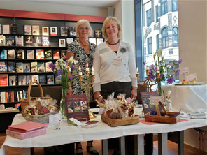 Lene B. Freisig, Birthe M. Jessen - Autorinnen Dänische Kaffeetafel entdecken und genießen (Foto: K. Jensen)