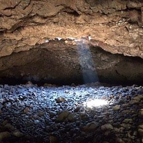 オーラの洞窟