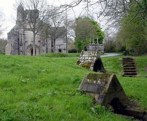 Chapelle ND des trois fontaines à Gouezec (photo Wikipédia)
