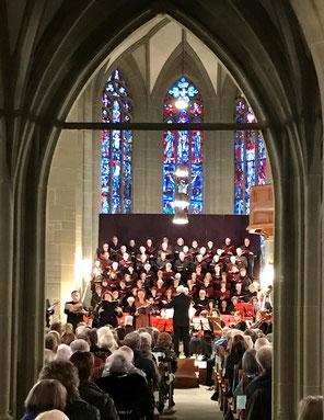 Konzertchor Burgdorf mit unseren Chormappen