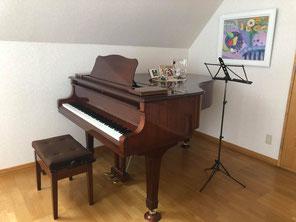 札幌市中央区の女性とお子様のための声楽教室・ピアノ教室を主宰しているみつはし音楽教室で使用しているピアノです。