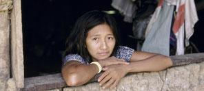 Mujer en un barrio pobre de Brasil. Foto: Banco Mundial, Yosef Hadar