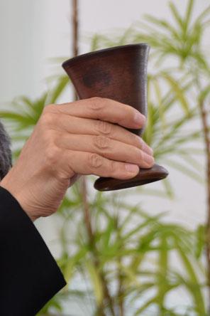 2017年8月6日は平和聖日 聖餐式をおこなった 杯は備前焼 会員の陶芸家明美さん作