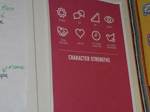 部屋に貼られた、標語とその説明