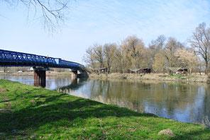 Grenzbrücke über die March