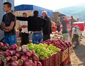 spontaner Strassenmarkt