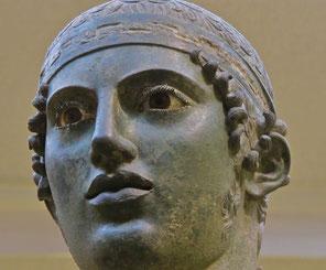 Bronzestatue - der Wagenlenker