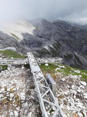 Hochmölbing Gipfelkreuz - Tour von Hinterstoder über Schafkögel, Schrocken, Kaminspitz, Kreuzspitze und Hochmölbing bis zum Mittermölbing