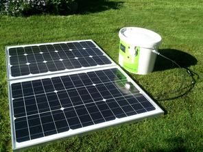I-Mehr in Standard Ausstattung mit zwei 50W Solarpanelen. I-Mehr with standard facilities.