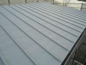 屋根(鉄板) 塗装中