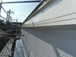 破風板 塗装後
