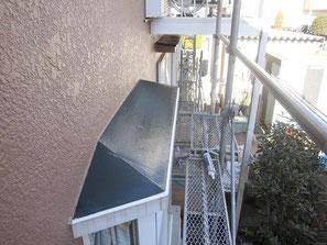 出窓上(トタン) 塗装後