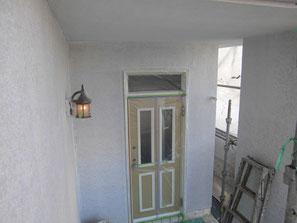 外壁(モルタル) 塗装中 サフェーサー