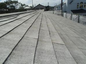 屋根(コロニアル) 施工中
