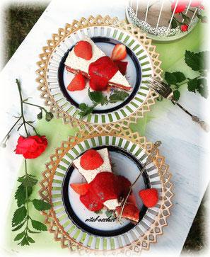 Ernährungsberatung Halle Rhabarbertorte Erdbeeren