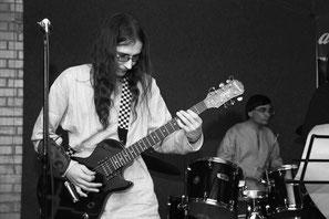 Добрый Шубинъ - Михаил Крюков, гитара