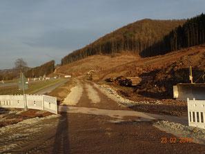 Waldschneise entlang B 27 bei Sontra