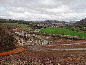 Netratalquerung und Trassenverlauf Sontratal, links Tunnelportal Boyneburgtunnel