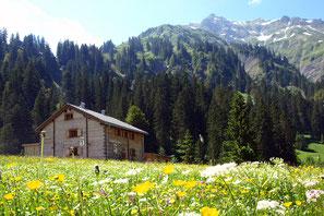 Berghaus Unterboden 5 mit Sauna und Garten