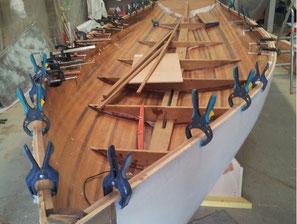 réparation bateau bois, reparer trou coque bateau toulon, réparateur composite bateau