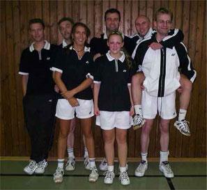 2.Mannschaft v.l. Stephan Röder, Peter Sewerin, Nicole Zoltek, Andreas Rottmann, Miriam Ziegner, Karsten Jörgens und Martin Raulfs