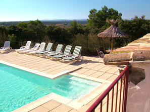 Gîte avec piscine à Nîmes