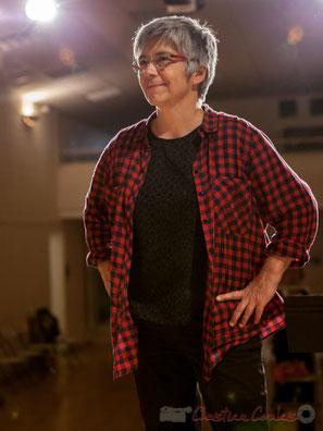 Elue maire en 2014, Nathalie Aubin est comédienne, compositrice, chanteuse, musicienne .