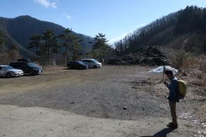 丹波山村営駐車場