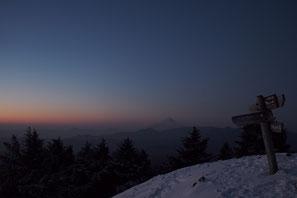 山頂付近からの日の出