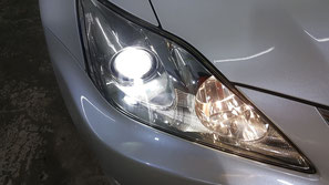 レクサスいISのヘッドライト研磨 古い車のヘッドライト磨き・リペア