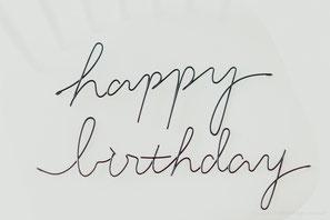 針金文字_happybirthday