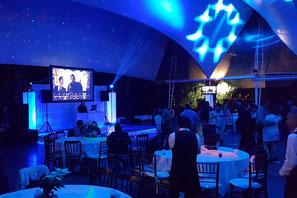 Karaoke Luz y Sonido montaje de dj para eventos en tonos azules