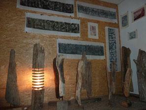 Holzdrucke der Hobbyisten und Treibholz-Kunst von Franjo Fuß