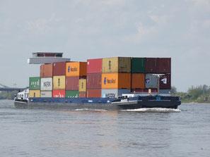 Containerschip Balance