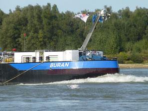 Motortankschip Buran