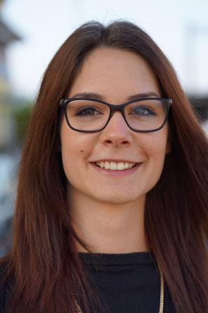 Augenoptikerin Sarah Studer