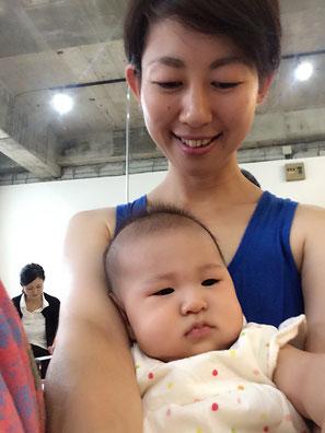 赤ちゃんと触れあえる時間は宝物!だけどその母たちとの時間も同じくらいかけがえのないもの!
