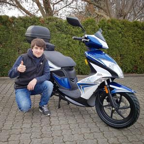 Franz Brendlin aus Schopfheim mit seinem neuen KYMCO Super8