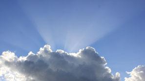 Wolkenstrahlen/Wolkenschatten